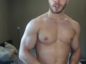 [18-04-20] muscle955 video with toys from Chaturbate.com