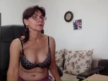 [18-07-20] sarahchloe show with toys from Chaturbate.com