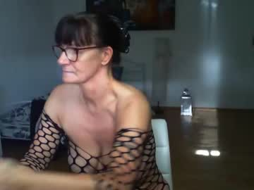 [05-10-21] illymaus record cam show from Chaturbate.com