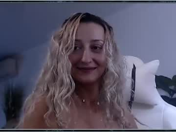 [12-03-21] classymelyna chaturbate show with cum