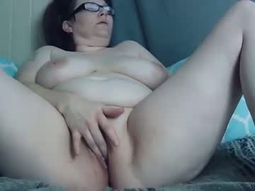 [01-03-21] bootylicious42020 record video with dildo from Chaturbate.com