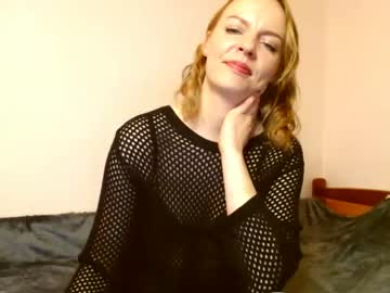 [25-10-21] karolina9745 show with toys from Chaturbate.com