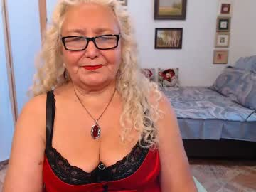 [01-08-20] grannywithhairypussy private show