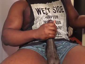 [08-11-20] thomas12311 webcam show from Chaturbate