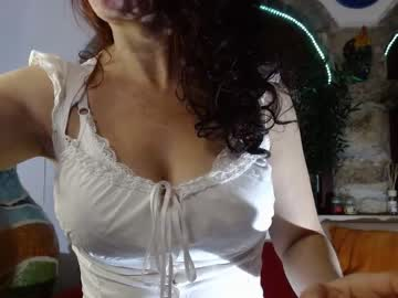 [13-10-20] 77lilu public show video from Chaturbate.com