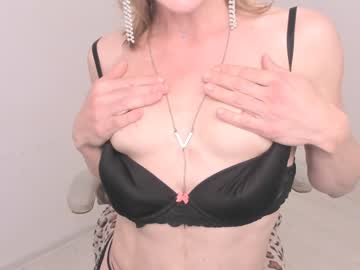 [22-08-20] luxurychickx show with cum from Chaturbate