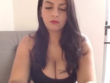 [23-08-21] sasha_loves video with toys