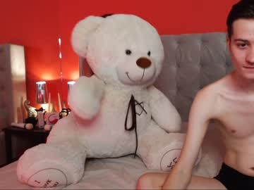 [27-10-20] casey_and_lance record public show video from Chaturbate.com