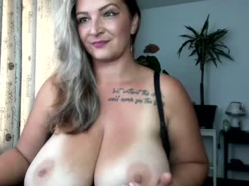 [24-09-20] hot_bounce_boobs record public show video from Chaturbate