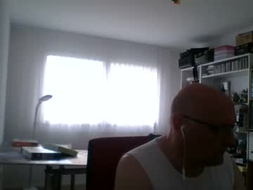[18-02-21] yellowbus1963 record cam video from Chaturbate