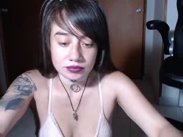[05-02-20] zafirodeserve_it record video with dildo