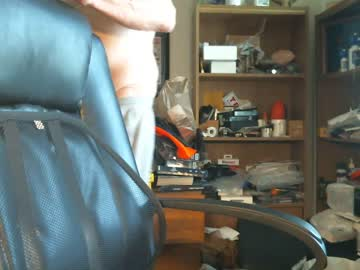 [30-04-20] guyboobies public show video from Chaturbate