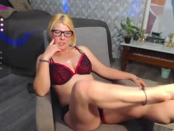 [08-12-20] missfahrenheit record public show video from Chaturbate