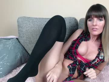 [15-01-21] melanien record public show from Chaturbate