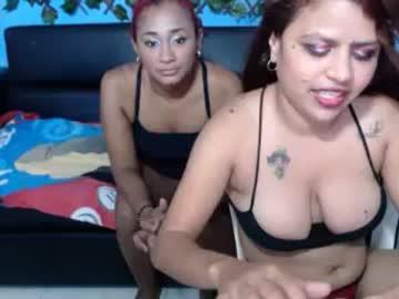 [09-01-21] little_naughty19 record public show from Chaturbate.com