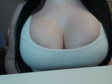 [10-09-20] queenayana record show with toys from Chaturbate