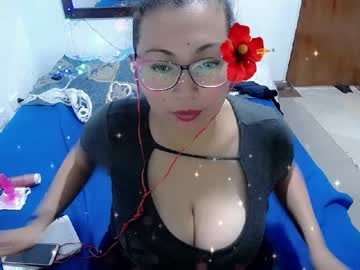 [17-07-20] mariam_collen blowjob video from Chaturbate