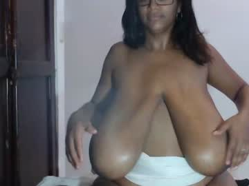 [13-01-20] kristinamilan record blowjob video from Chaturbate.com