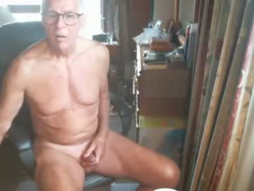 [03-03-20] smartkiwiguy record public show from Chaturbate
