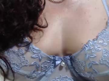[24-01-20] merly_mature public show from Chaturbate