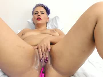 [03-06-21] wells_antonella_ chaturbate show with toys