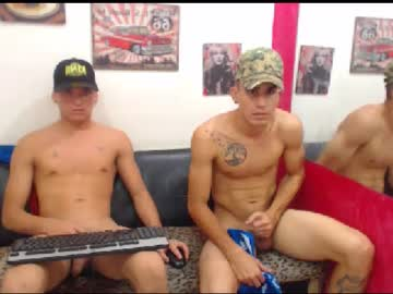 [26-02-20] two_boys_cutes public show from Chaturbate.com