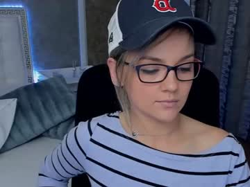 [17-04-20] tiffanyriox video with dildo from Chaturbate