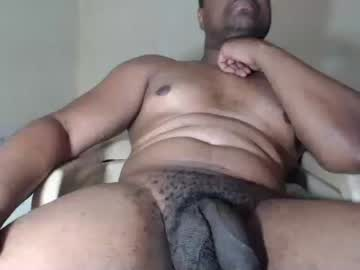 [27-02-21] fuck_03 public show video from Chaturbate