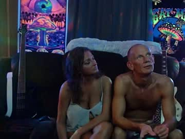 [04-03-21] shannahand420 blowjob video from Chaturbate
