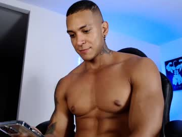[09-06-21] latin_fit22 webcam video from Chaturbate.com
