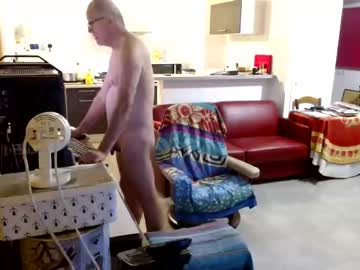 [10-12-20] john30200 record video from Chaturbate.com