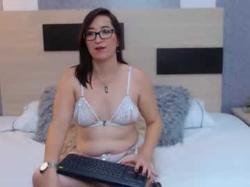 [25-04-21] tiffany_bennet private webcam from Chaturbate