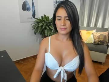 [24-10-20] julianags_ show with toys from Chaturbate