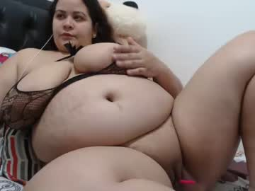 [15-08-20] chubby_sexy1 record video with dildo