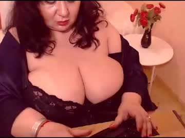 [20-04-21] bustyviolet record blowjob video from Chaturbate.com