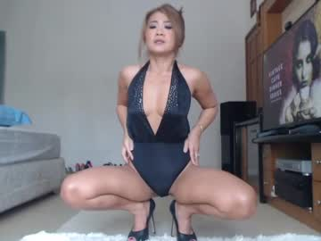 [11-09-21] mandy138 video with toys