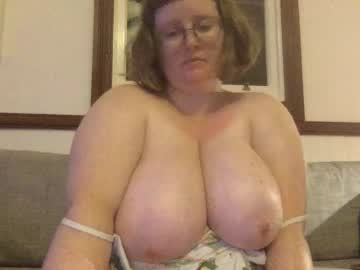[05-01-20] chbby_bby record video with toys from Chaturbate.com