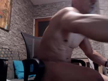 [10-06-20] musclebredon record premium show video from Chaturbate