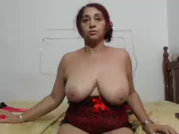 [23-10-20] horny_mommy17 record private show from Chaturbate.com