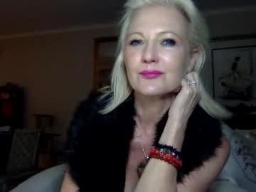 [26-06-20] gl1tter_barbie record public webcam from Chaturbate
