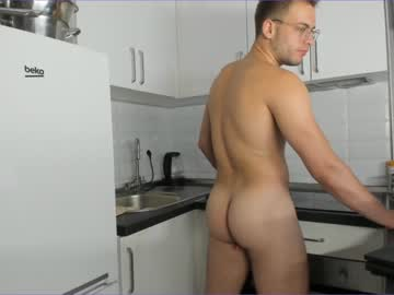 [22-08-20] your_favorite_hero show with cum from Chaturbate