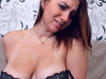 [06-01-20] shining_lily record public show from Chaturbate