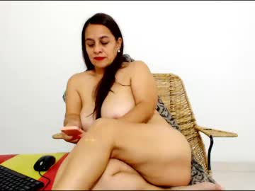 [28-05-21] isabellasexymature record blowjob video