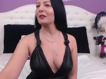 [06-01-20] kittyblueeyes show with cum from Chaturbate
