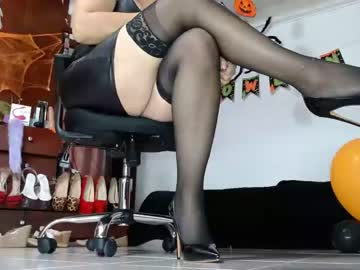 [19-10-21] _grehyss_28 video with toys
