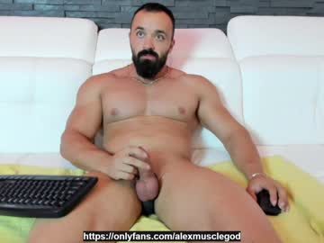 [17-06-21] alexhunk09 chaturbate toying
