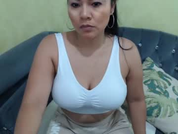 [10-12-20] bitch_mommy record cam video