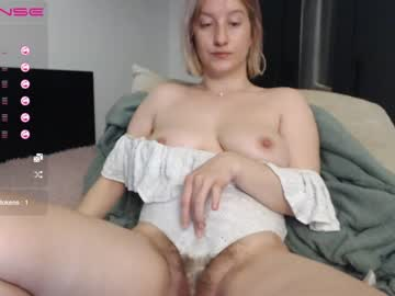 [28-04-21] sweethornytanya record public webcam video from Chaturbate