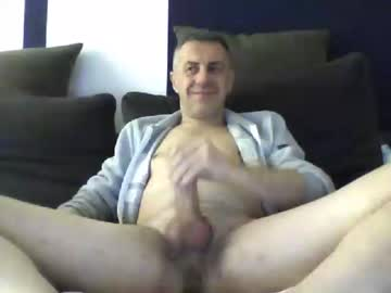 [14-02-20] garry1270 record blowjob video from Chaturbate