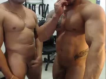 [03-01-20] thebrothershott record webcam video from Chaturbate